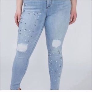 👖NEW LANE BRYANT DISTRESSED EMBELLISHED JEANS 👖